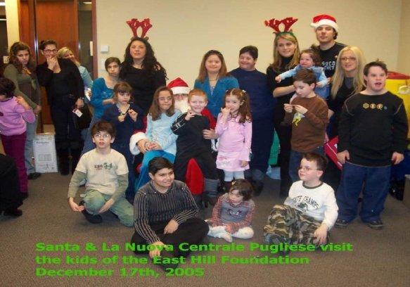 Babbo Natale per i bimbi della Fondazione East Hill